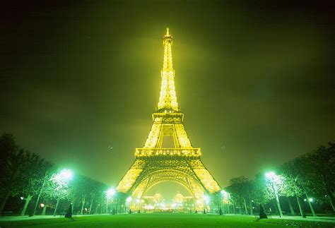 home of the eifell tower eiffel tower photos travel and tourism