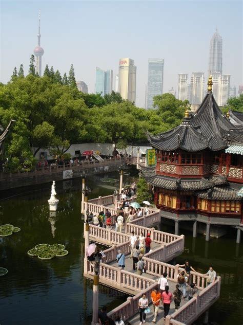Der Yuyuan Garten by Yu Yuan Garten In Shanghai