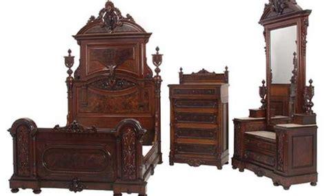 antique looking bedroom furniture antique bedroom dresser antique vintage