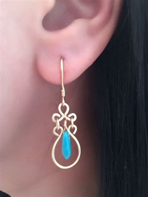 earrings with wire 17 best ideas about wire wrapped earrings on