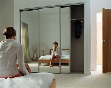 feng shui bedroom mirror bedroom feng shui setting up your bedroom for