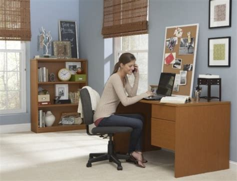 college student desks creating an organized study space to make the gradecort