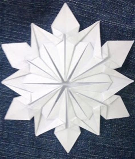 easy origami snowflake how to past your time origami snowflake