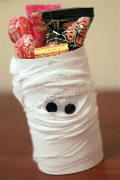 mummy toilet paper roll craft the world s catalog of ideas