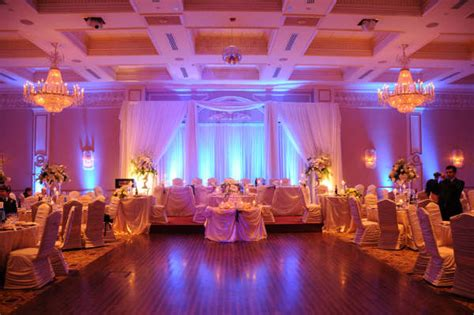 led wedding lights led par cans feel a real amusement on the floor