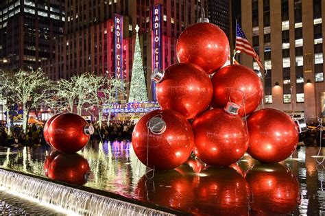 when do the decorations come in new york new york guide new york habitat