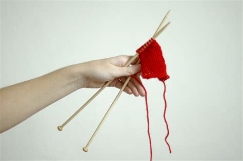 How To Knit Left Handed 7 Steps With Pictures Wikihow
