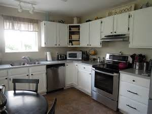 pictures of kitchen with white cabinets kitchen kitchen color ideas with white cabinets kitchen