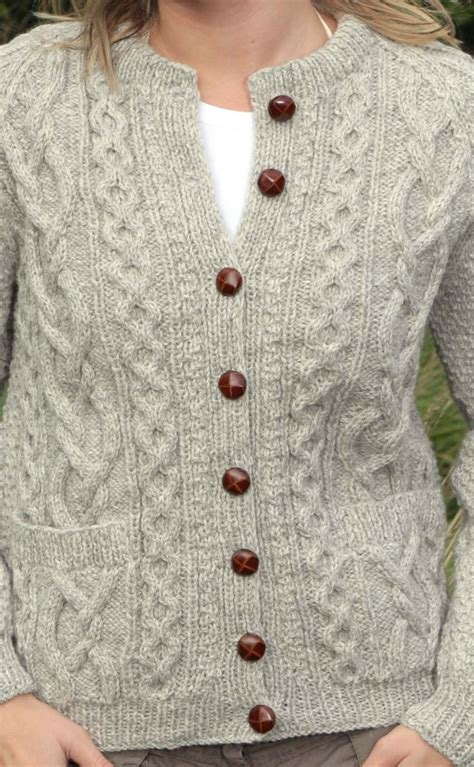 how to knit aran sweater 1000 ideas about aran sweaters on cardigan