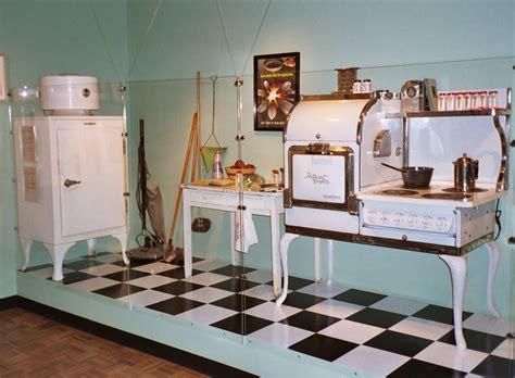 1930s kitchen design 1930 kitchen vintage retro