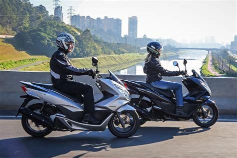 Linha Pcx 2018 by Honda Pcx 150 Ganha Novas Op 231 245 Es De Cores Para A Linha