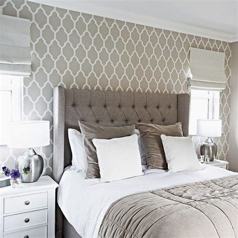 bedroom wallpaper design 1000 ideas about grey bedrooms on gray