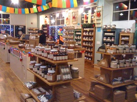 woodworking retail stores fixtures displays homes decoration tips