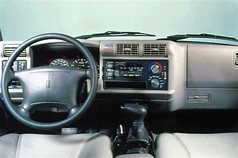 car maintenance manuals 1997 oldsmobile bravada instrument cluster service manual how to remove 2000 oldsmobile bravada dashboard service manual remove