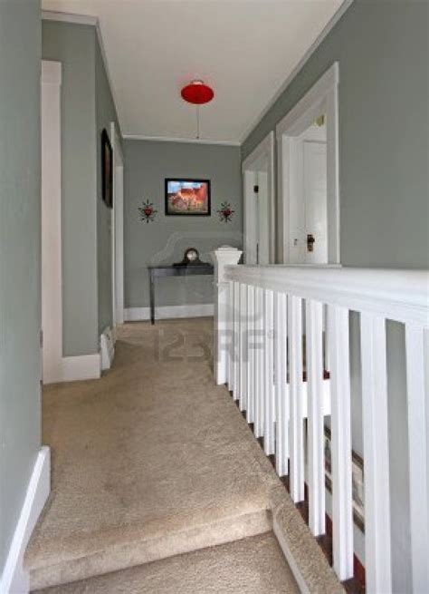 paint colors for upstairs hallway 25 best ideas about upstairs hallway on