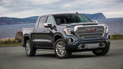 2019 Gmc Denali by 2019 Gmc Denali Drive Motor1 Photos