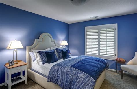 blue bedrooms blue bedroom ideas blue room decorating suggestions the