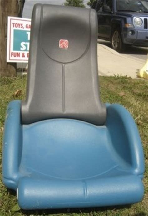 Step 2 Gaming Chair by Step 2 Rock N Fold Plastic Rocking Gaming Chair Used