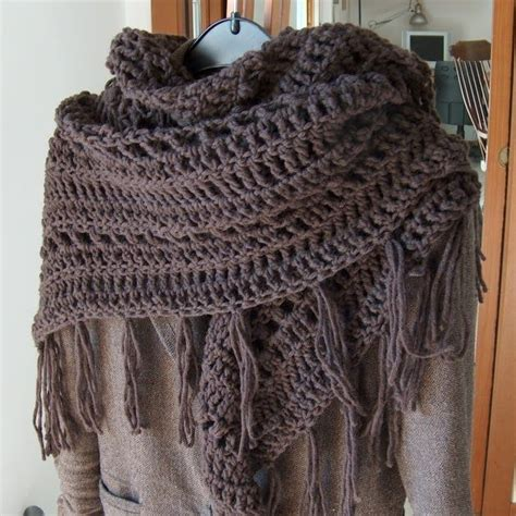 is it harder to knit or crochet 17 best ideas about shawls and wraps on fall