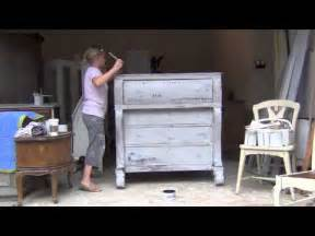 chalk paint and wax tutorial blue egg brown nest sloan chalk paint tutorial 4