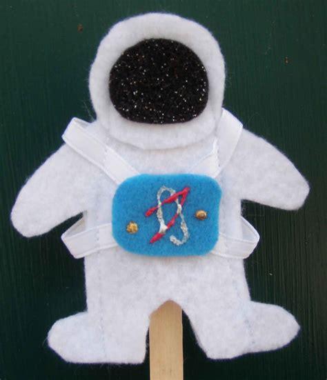 astronaut craft for of crafts astronaut felt finger puppets