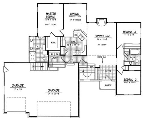 house plans with mudrooms great mudroom laundry 3 car garage 1600 sq ft so could probably do a pool smaller kitchen