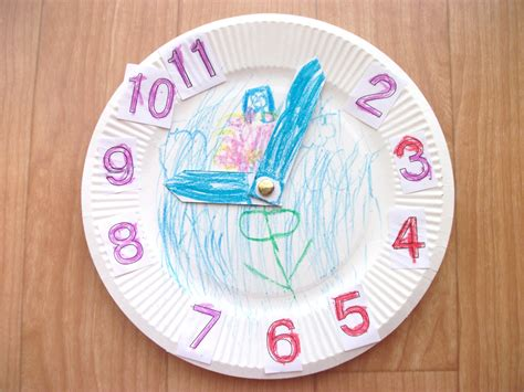 nursery craft projects preschool crafts for hickory dickory dock clock craft