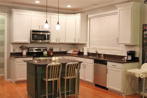 white paint kitchen cabinets paint kitchen cabinets designs worth to try at best home