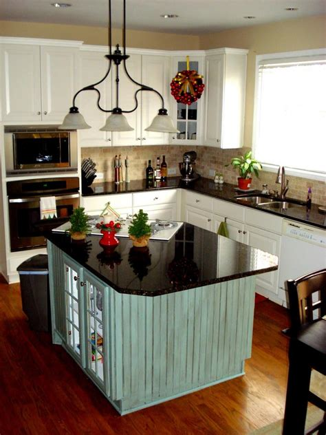 best kitchen layout with island 51 awesome small kitchen with island designs page 2 of 10