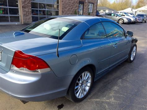 Volvo T5 For Sale by 2009 Volvo C70 T5 Turbo Salvage For Sale