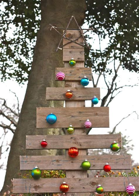 diy outdoor wooden decorations wooden decor for yard wooden yard