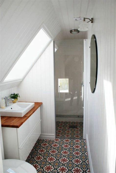 1000 id 233 es sur le th 232 me salle de bain sur coussins robinets et miroirs
