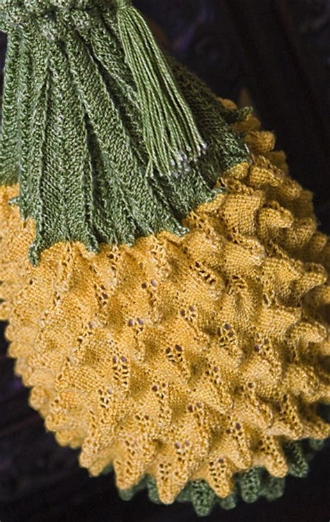 knitted pineapple big d mn pineapple stitches in time knitty