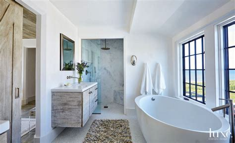 bathrooms with freestanding tubs 10 master bathrooms with luxurious freestanding tubs