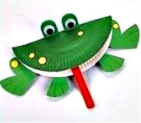 paper plate frog craft frog paper plate things i like turtle
