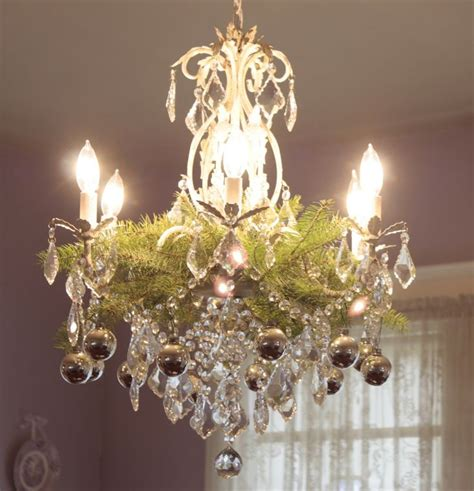 decorating a chandelier 25 best ideas about chandelier decor on