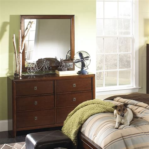 bedroom furniture albany ny dreamfurniture albany dresser mirror in antique walnut