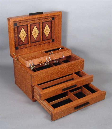 Arts And Crafts Jewelry Box
