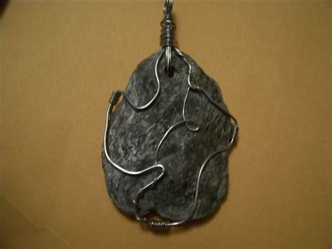 how to make rock jewelry with wire 17 best images about rock jewelry on rock