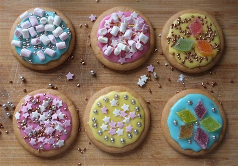 decoration biscuits childhood memories of biscuit decorating dine discover