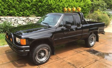 Marty Mcfly Truck For Sale by 1985 Toyota Sr5 Extended Cab Marty Mcfly S