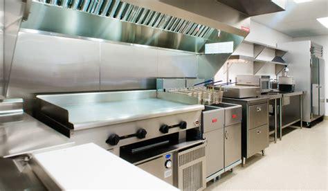 restaurant kitchen layout ideas restaurant kitchen design ideas that can be applied in the restaurant with great