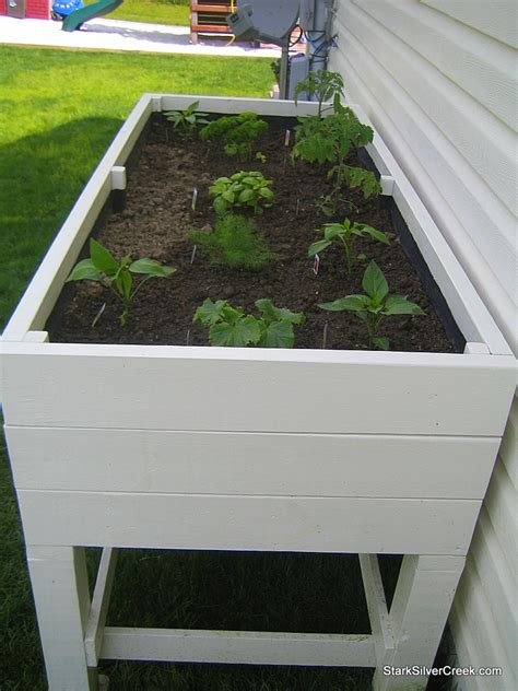 garden vegetable planters gardening project build a diy vegetable planter