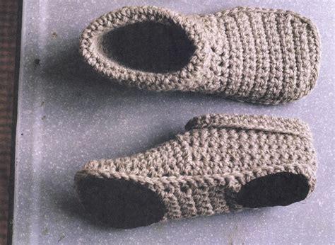 free knit slipper boot pattern unisex crochet slippers free pattern ideas you ll
