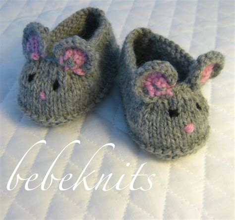 knitted slippers for toddlers 25 best ideas about knit baby booties on