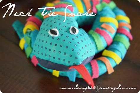 easy crafts 3 easy reptile crafts for necktie snake craft