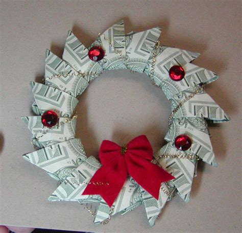 money crafts for money wreath by yungs cards and paper crafts