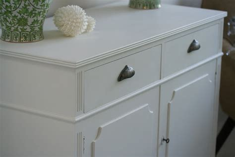 chalk paint finishes lilyfield chalk paint doesn t always need distressing