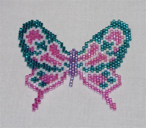 beaded butterfly pattern beaded flora peyote butterfly