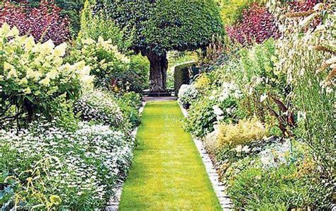 grass garden ideas grass garden walkway ideas garden walkway ideas